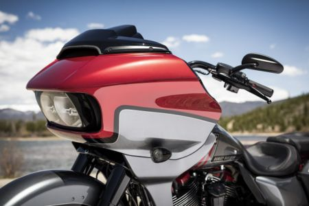 Harley Davidson Road Glide CVO 2019 2