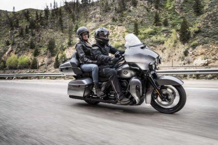Harley Davidson Ultra Limited CVO 2019 6