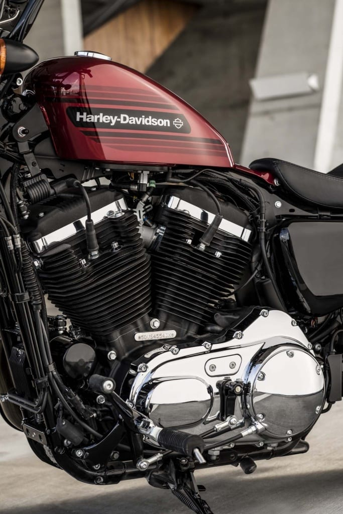 HARLEY-DAVIDSON FORTY-EIGHT SPECIAL AND IRON 1200 SPORTSTERS 25