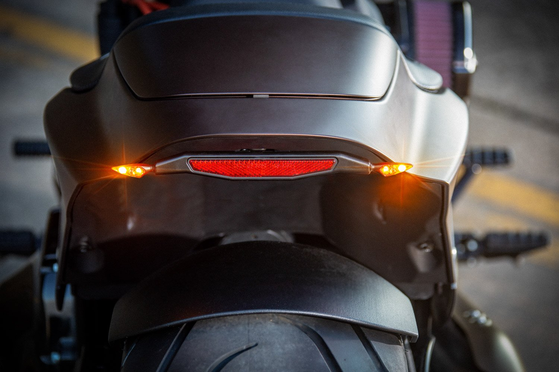 Harley-Davidson FXDR Custom-002