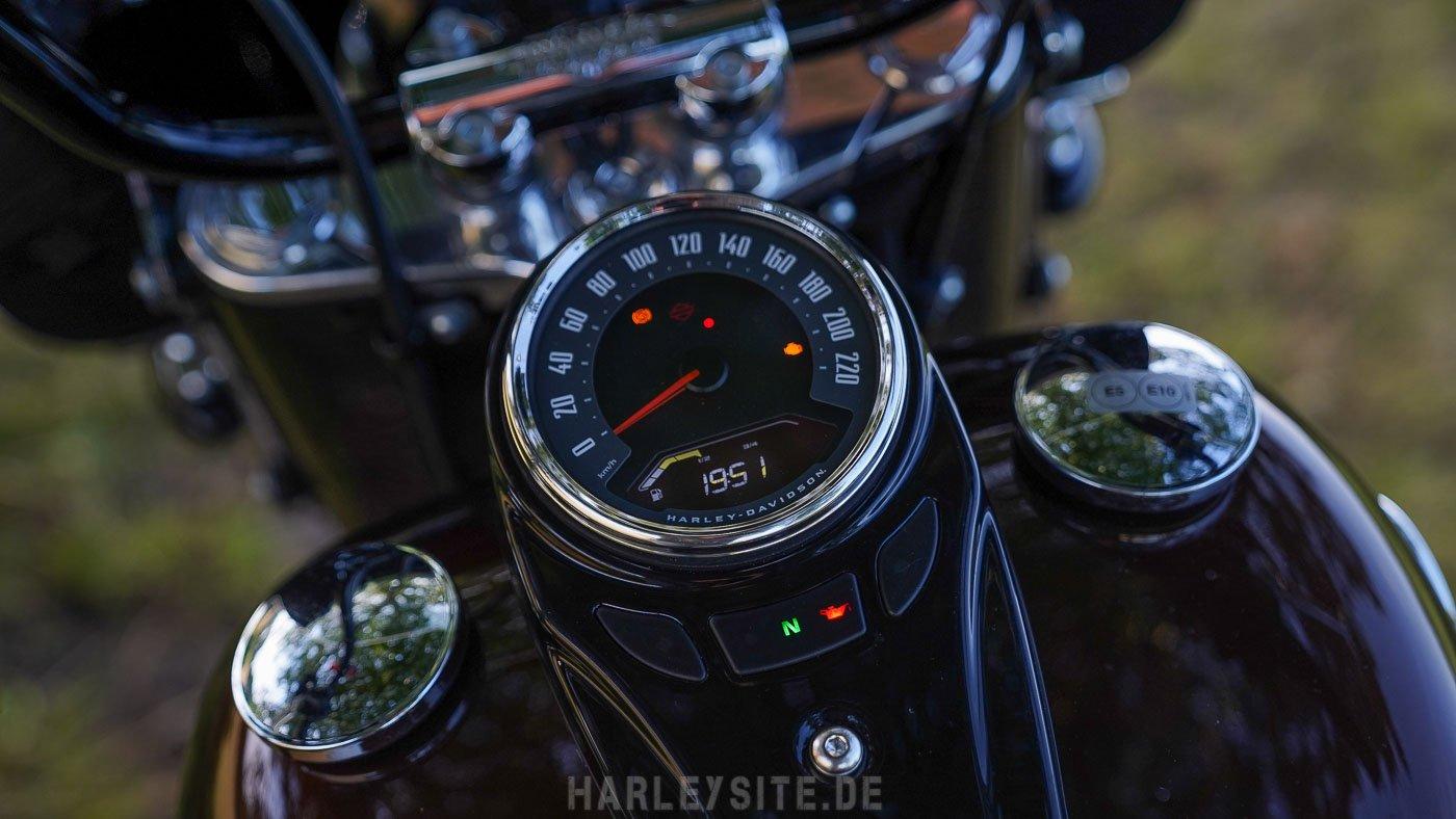 Harley-Davidson Heritage Classic 114 2019-Tacho