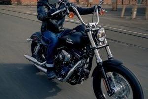 Harley-Davidson Dyna Street Bob sowie die neuen Modelle Sportster 1200 Custom