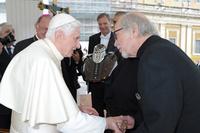 Papst Benedikt XVI, Willie G. und Bill Davidson starteten in Rom den Countdown