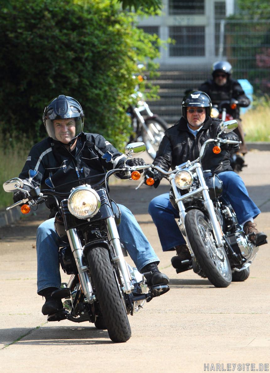 Auch 2015 bieten Harley-Davidson Vertragshändler Kurse für Wiedereinsteiger an.
