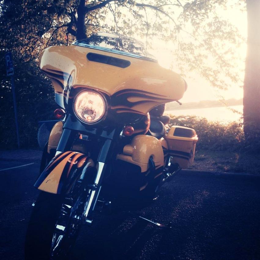 Mit der Harley-Davidson Street Glide CVO eine 600km Tour.