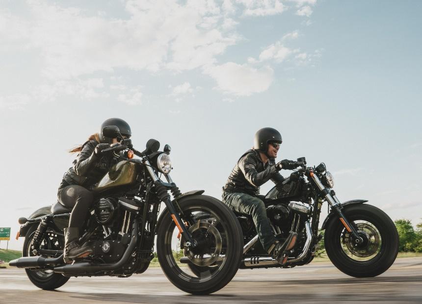 """""""Dark Custom Complete"""" heißt das neue  Harley-Davidson Paket"""