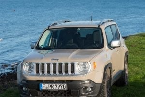 Jeep Renegade an der Ostsee