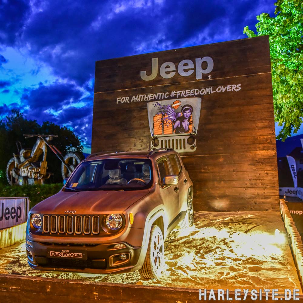 Jeep Renegade auf der European Bike Week