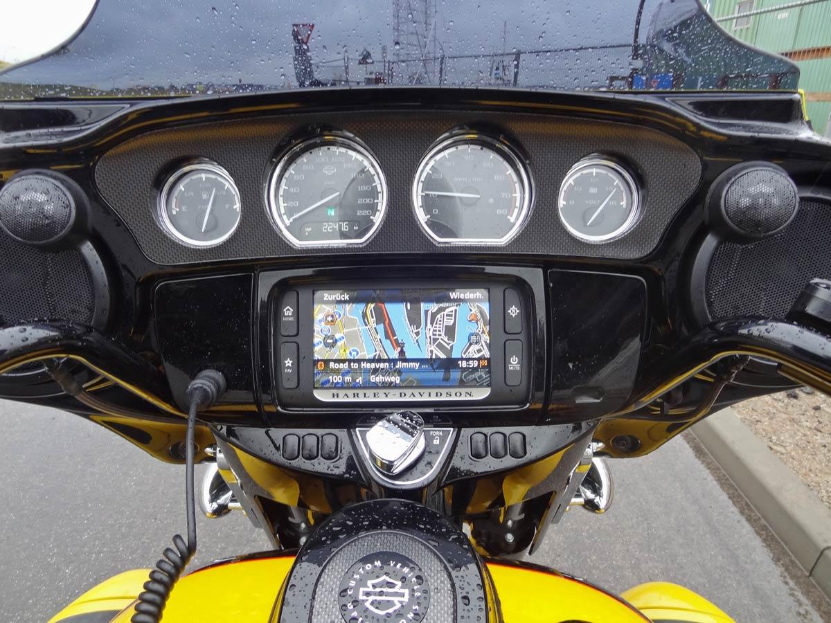 Navigation der Harley-Davidson Street Glide CVO