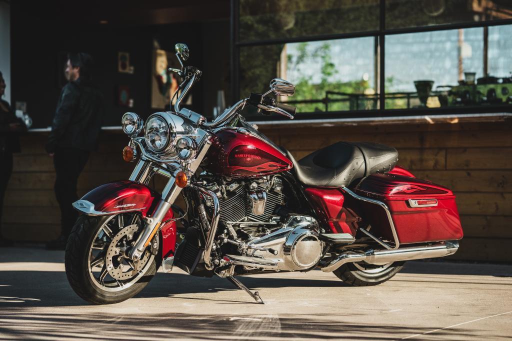 Die neue Harley-Davidson Road King 2017 7