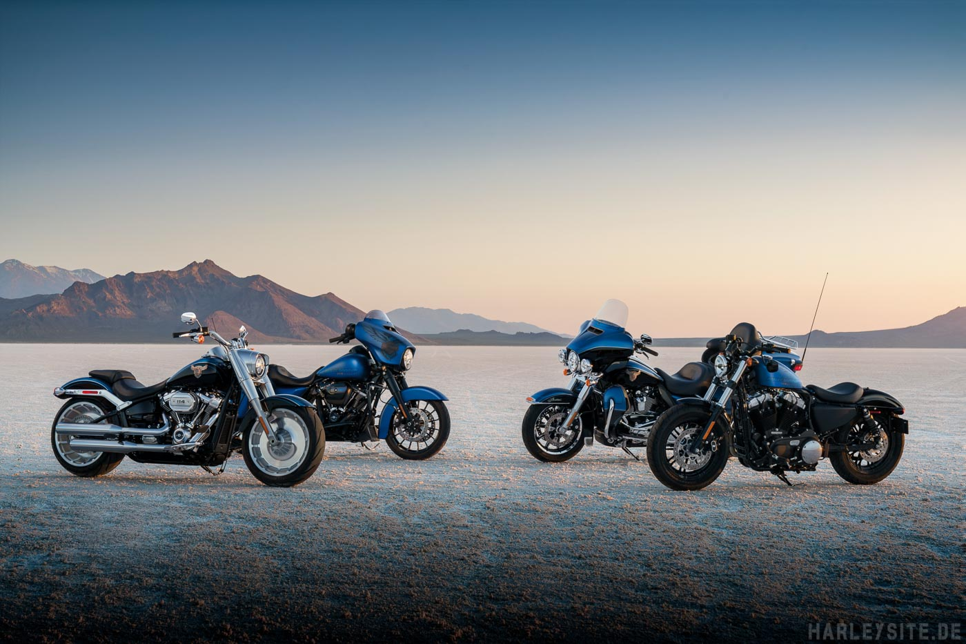 Harley-Davidson feiert sein 115-jähriges Jubiläum und bringt neun 115th Anniversary Sondermodelle