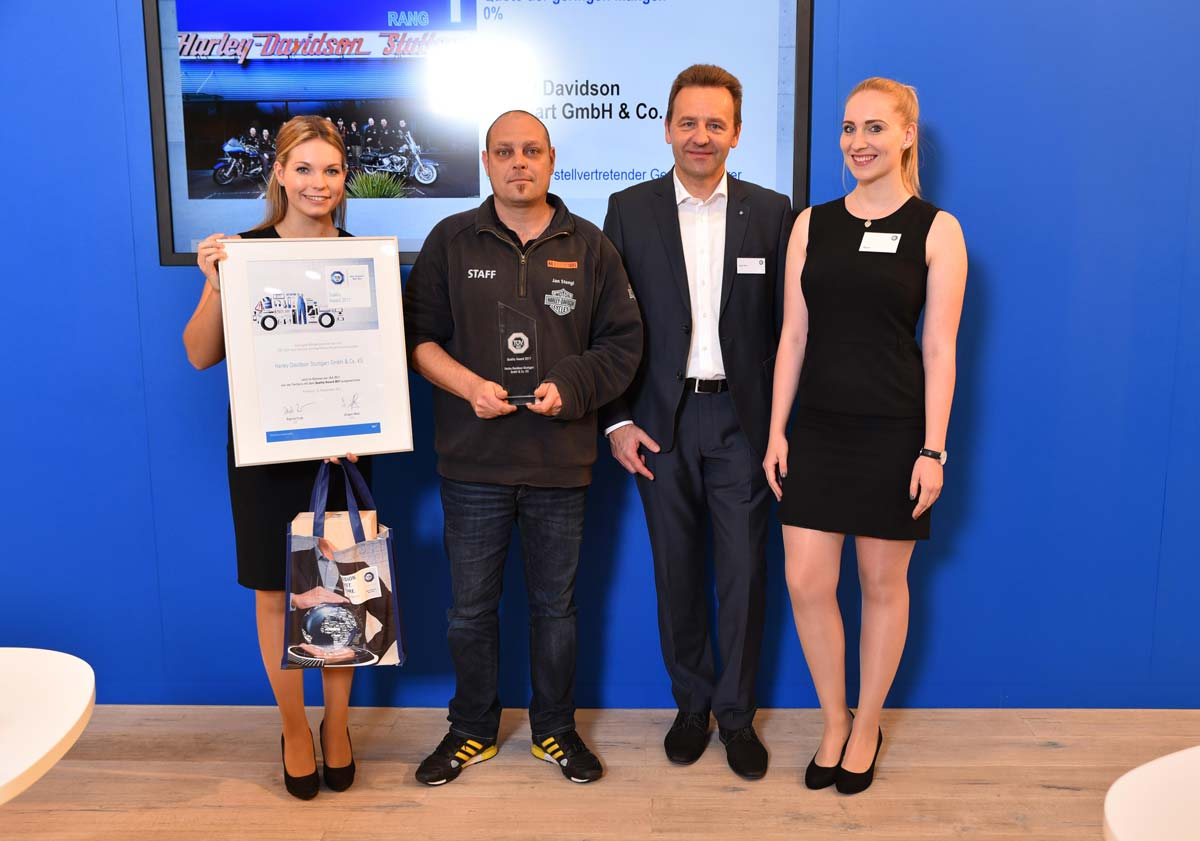 TÜV Süd verleiht Harley-Davidson Stuttgart den Service Quality Award