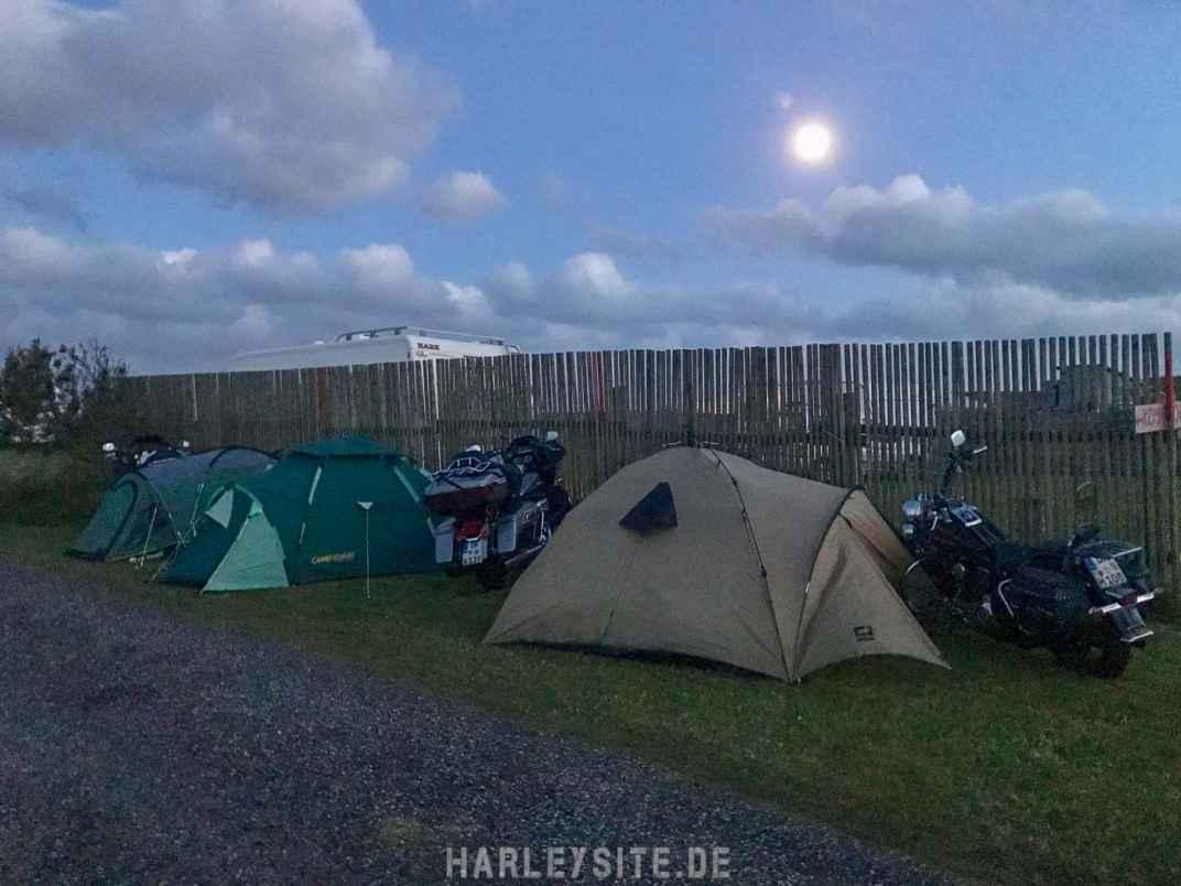 Unsere erste Nacht verbringen wir in Dänemark