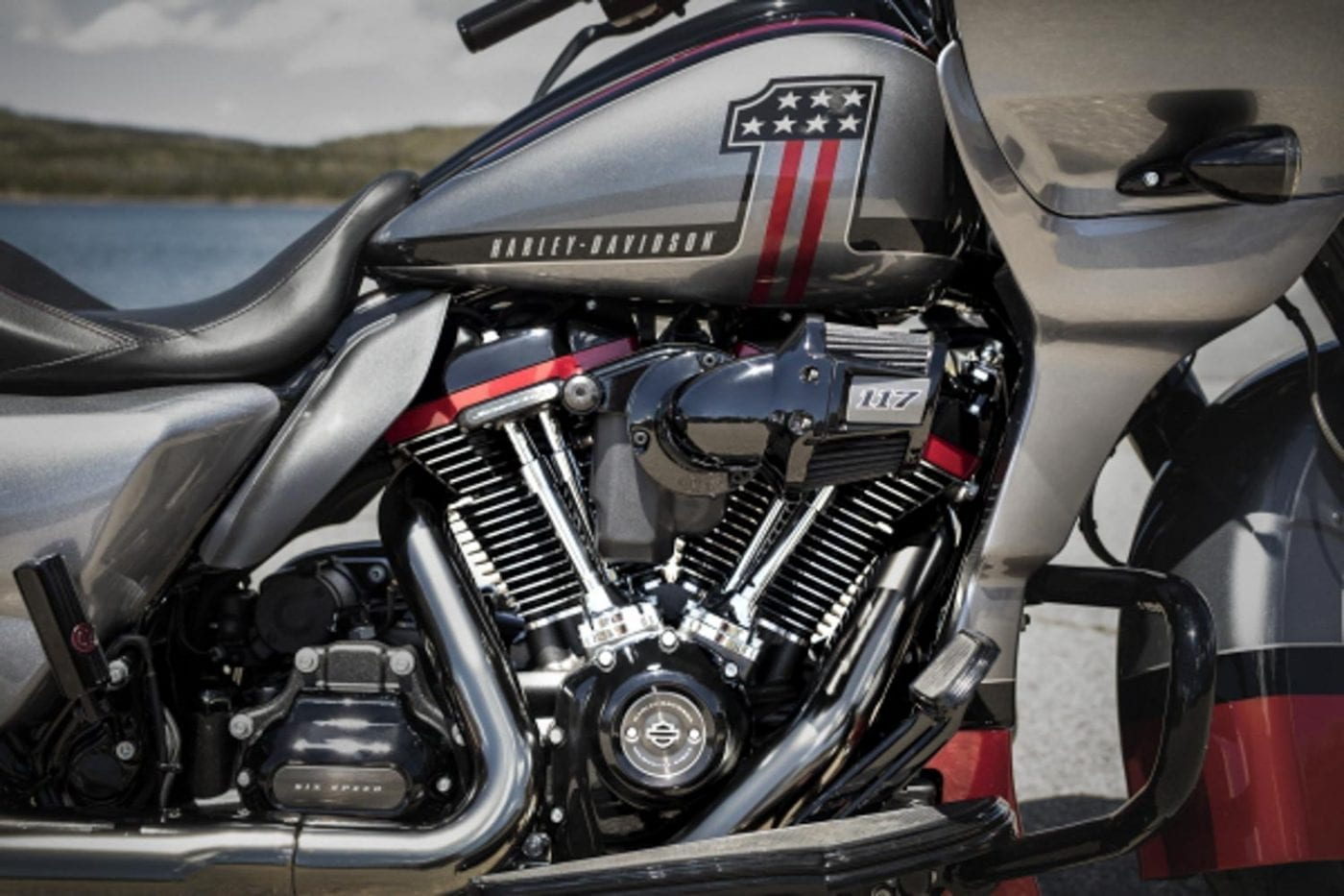 Harley Davidson Road Glide CVO 2019