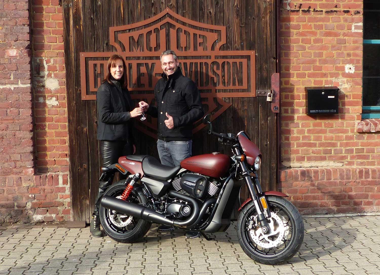 Harley-Davidson Köln gratuliert dem Gewinner