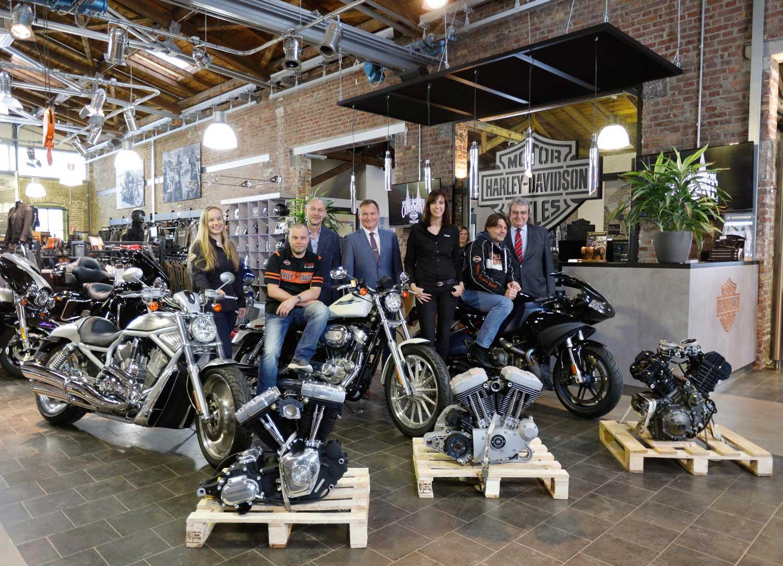 Harley-Davidson Germany und Harley-Davidson Köln unterstützen die Handwerkskammer zu Köln (Bildnachweis: Weihs-Media-Production für Harley-Davidson Köln)