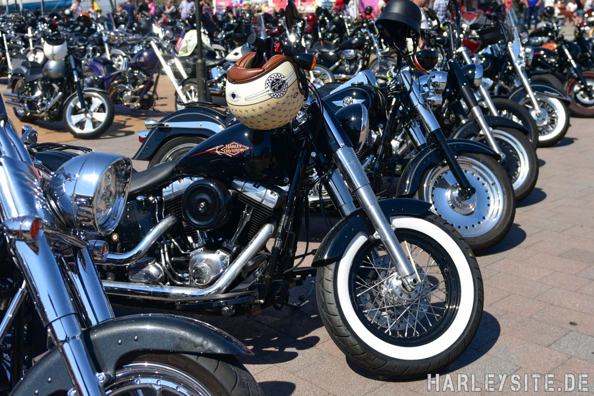 Harley Davidson Motorräder in List auf Sylt
