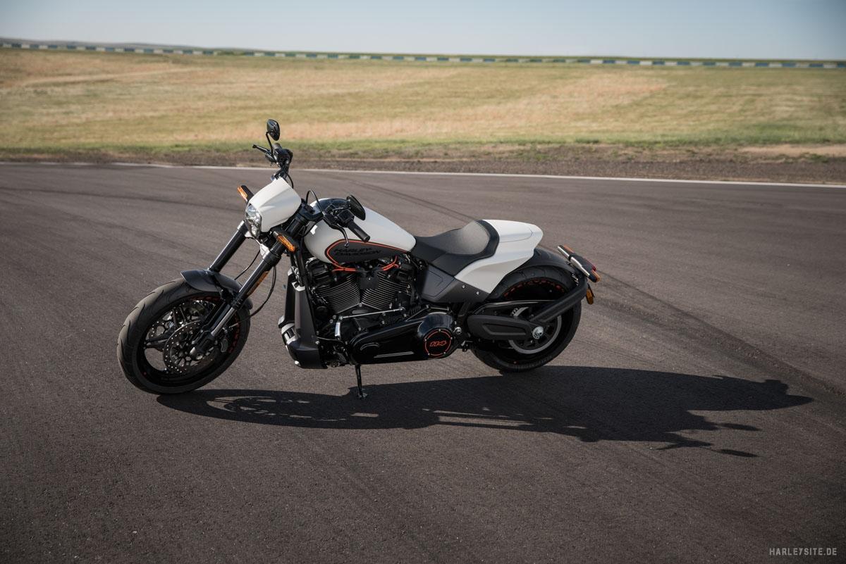 Harley-Davidson FXDR 114 cui 2019