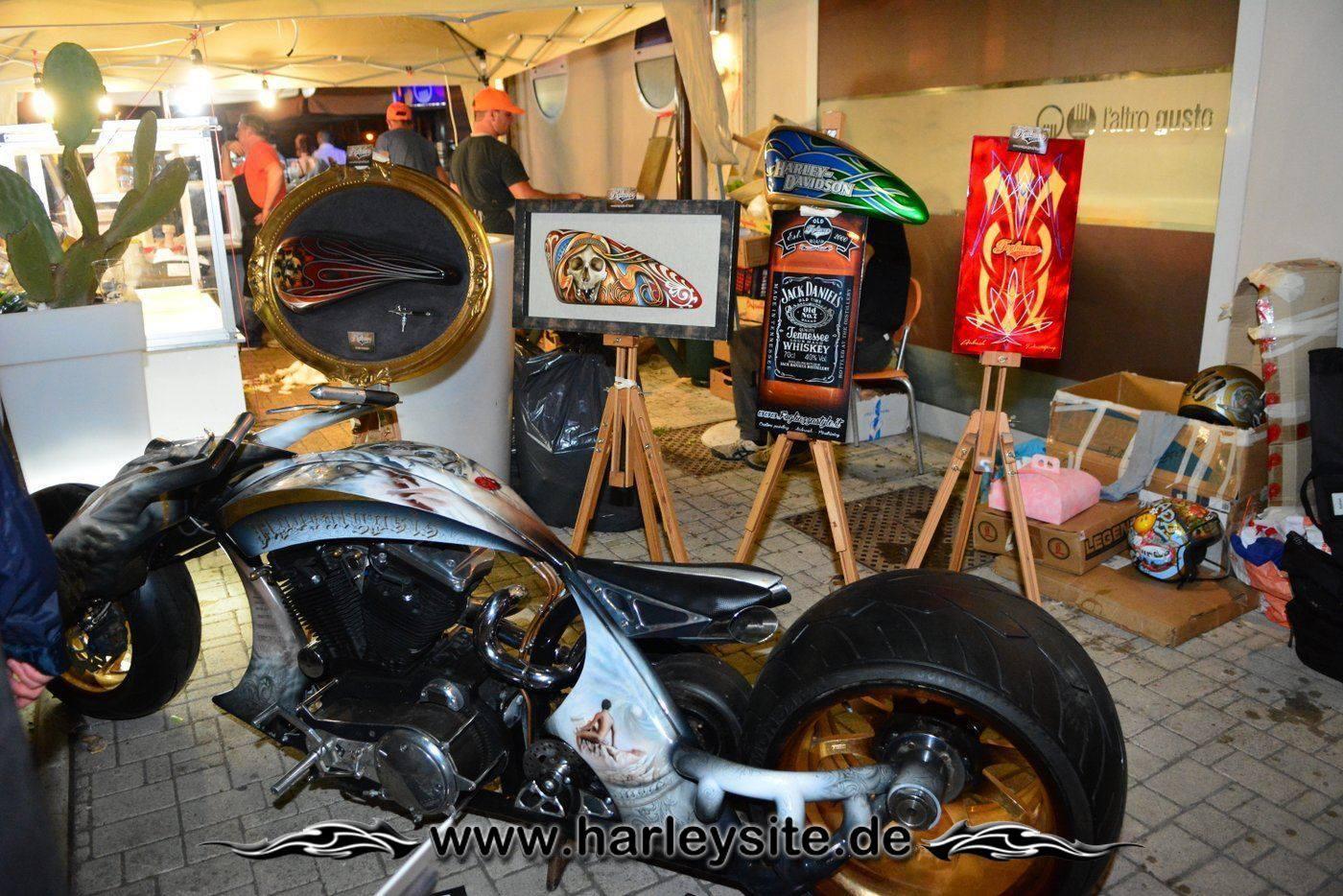 110th Harley Rom 118