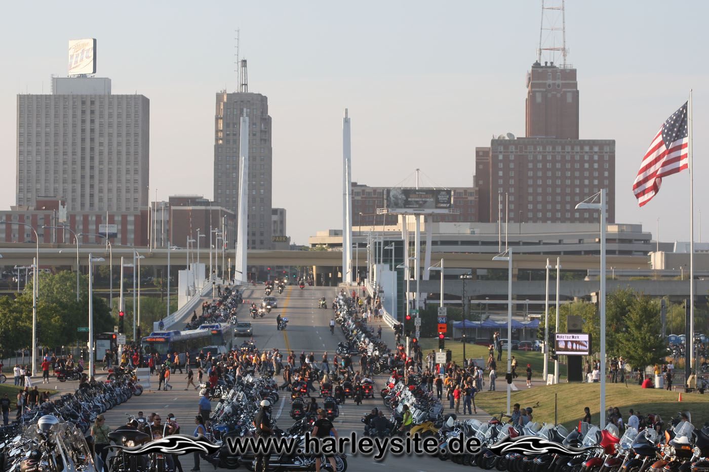 29HD13 110th Event Milwaukee 03
