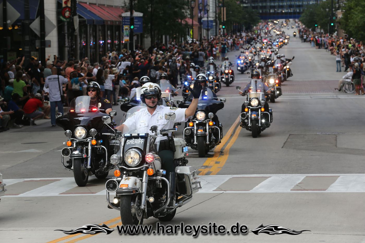 29HD13 110th Event Milwaukee 18