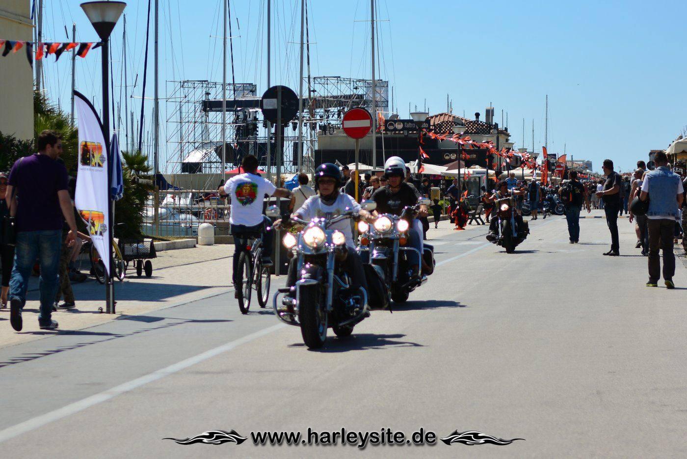 Harley 110th Rom Ostia 73