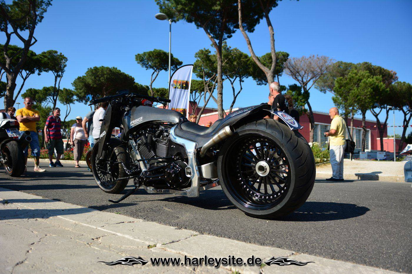 Harley Rom 110th 143