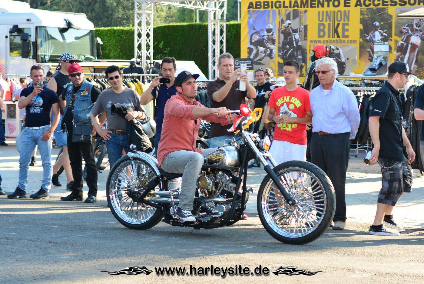 Harley Rom 110th 147