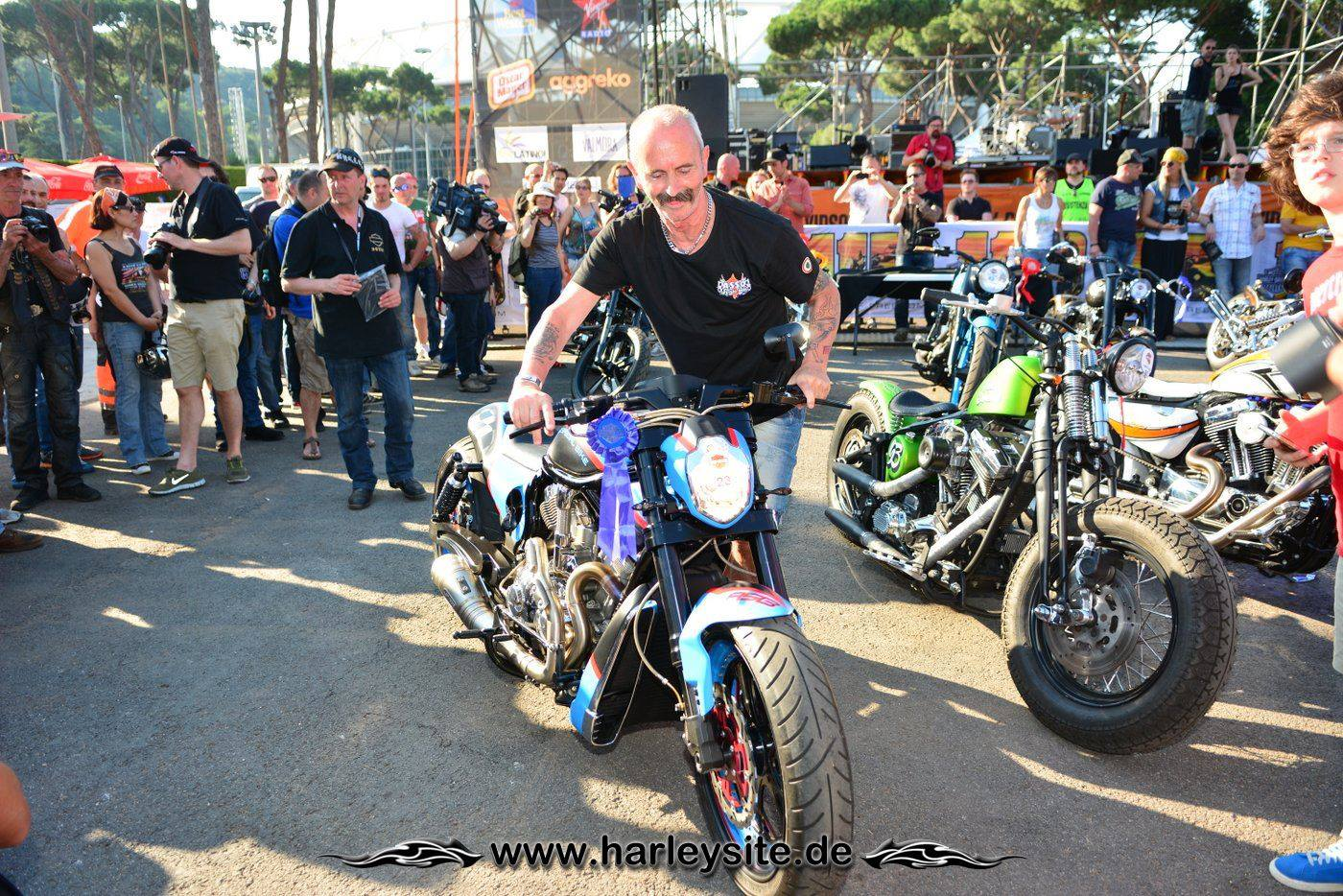 Harley Rom 110th 160