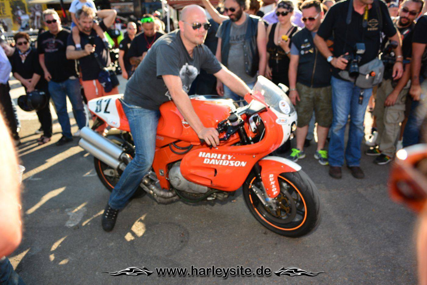 Harley Rom 110th 161