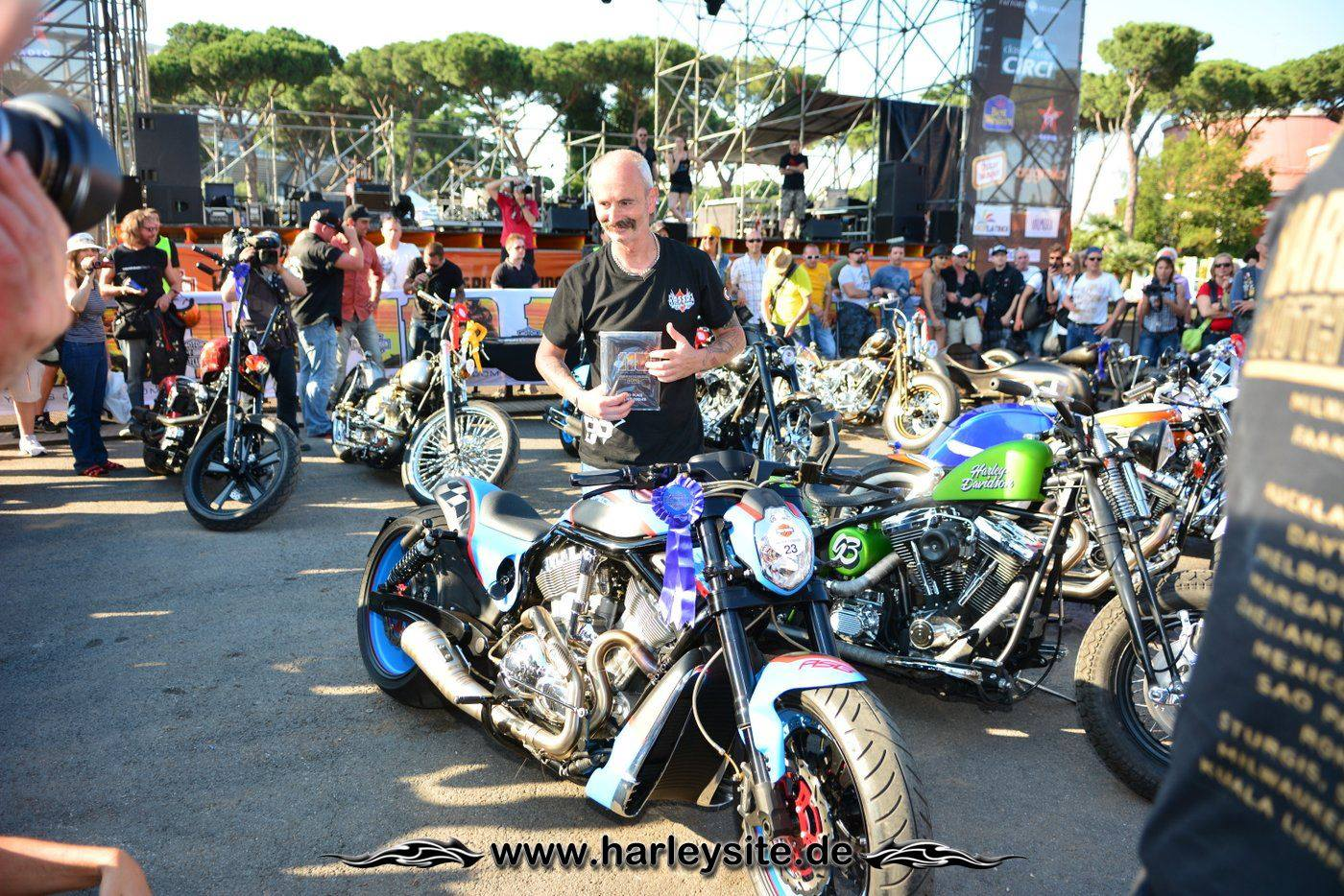 Harley Rom 110th 162