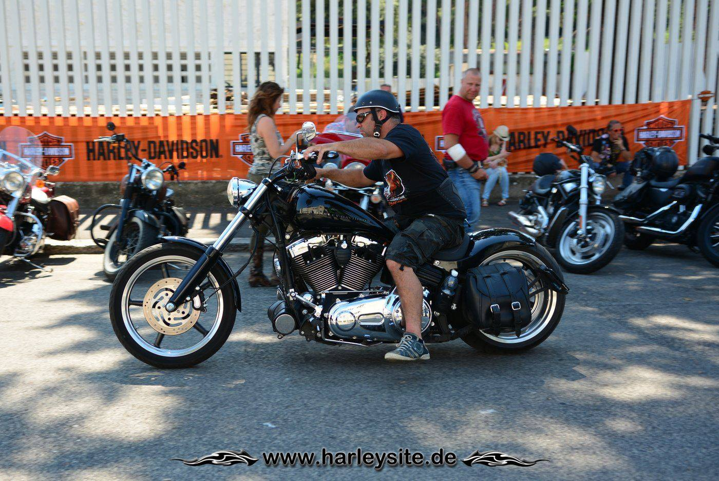 Harley Rom 110th 70