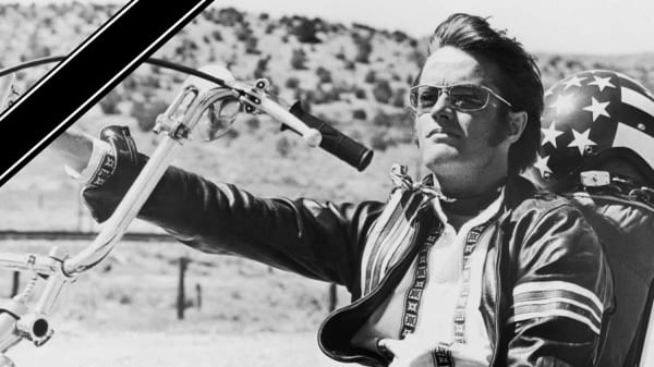 Easy Rider Star Peter Fonda auf seinem Harley Chopper