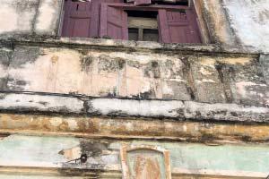 Ein gerocktes Haus in der Altstadt von Havanna