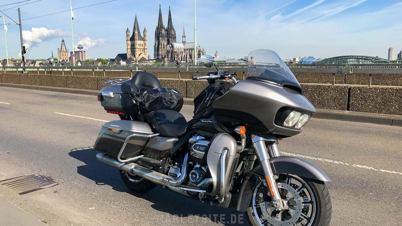 Mit der Road Glide Ultra in Koeln