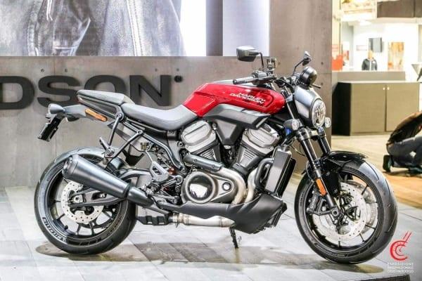 Die Harley-Davidson Bronx auf der EICMA