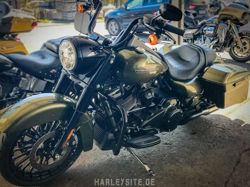 Harley-Davidson Road King Special 2017 mit einer KessTech Anlage