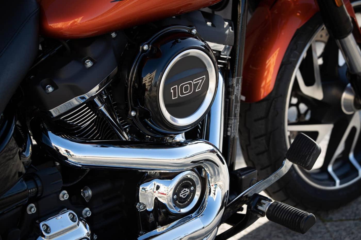 2020 Sport Glide 107 Milwaukee-Eight Motor
