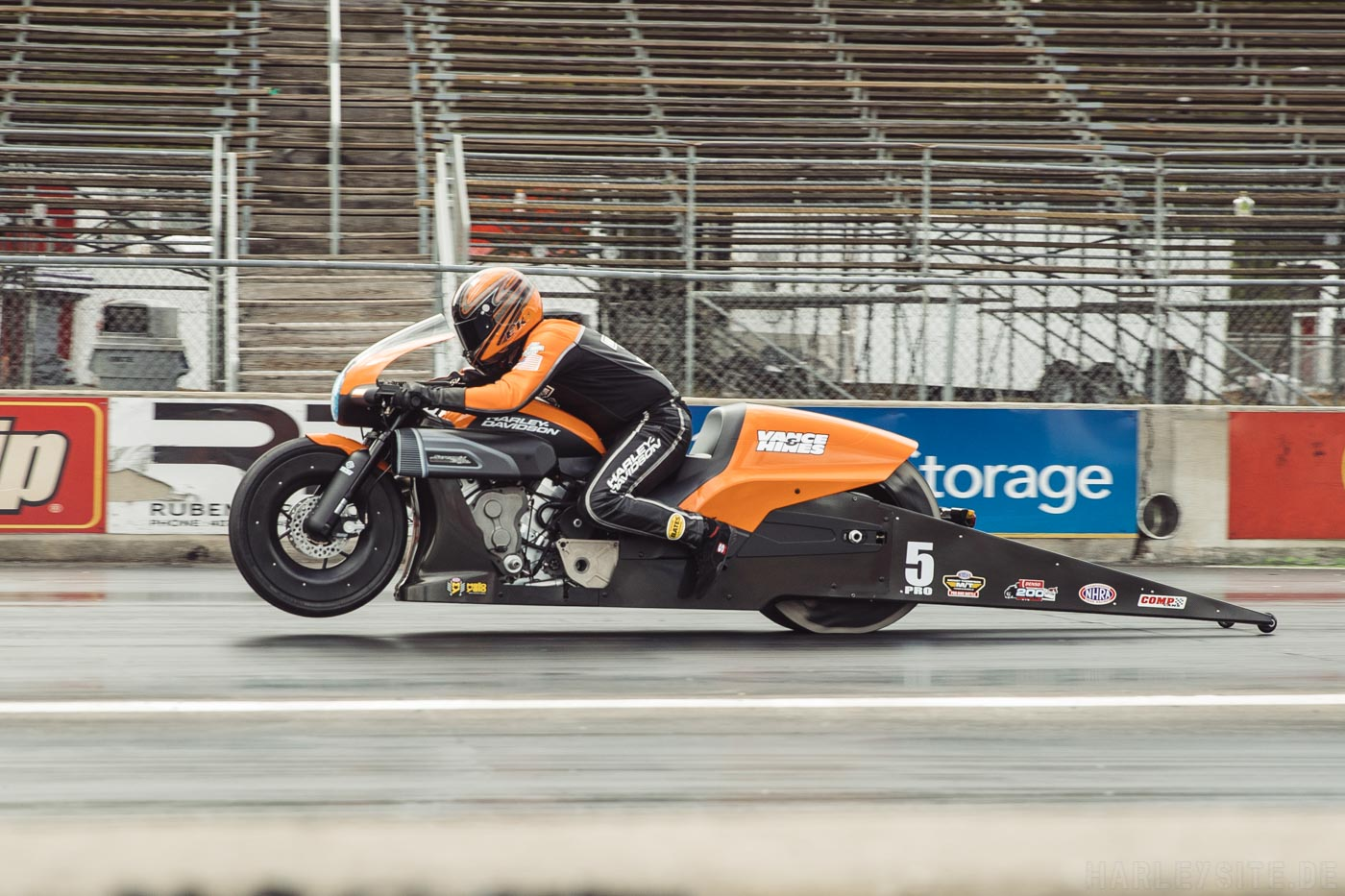 HARLEY-DAVIDSON SCREAMIN-EAGLE / VANCE & HINES-DRAG-TEAM