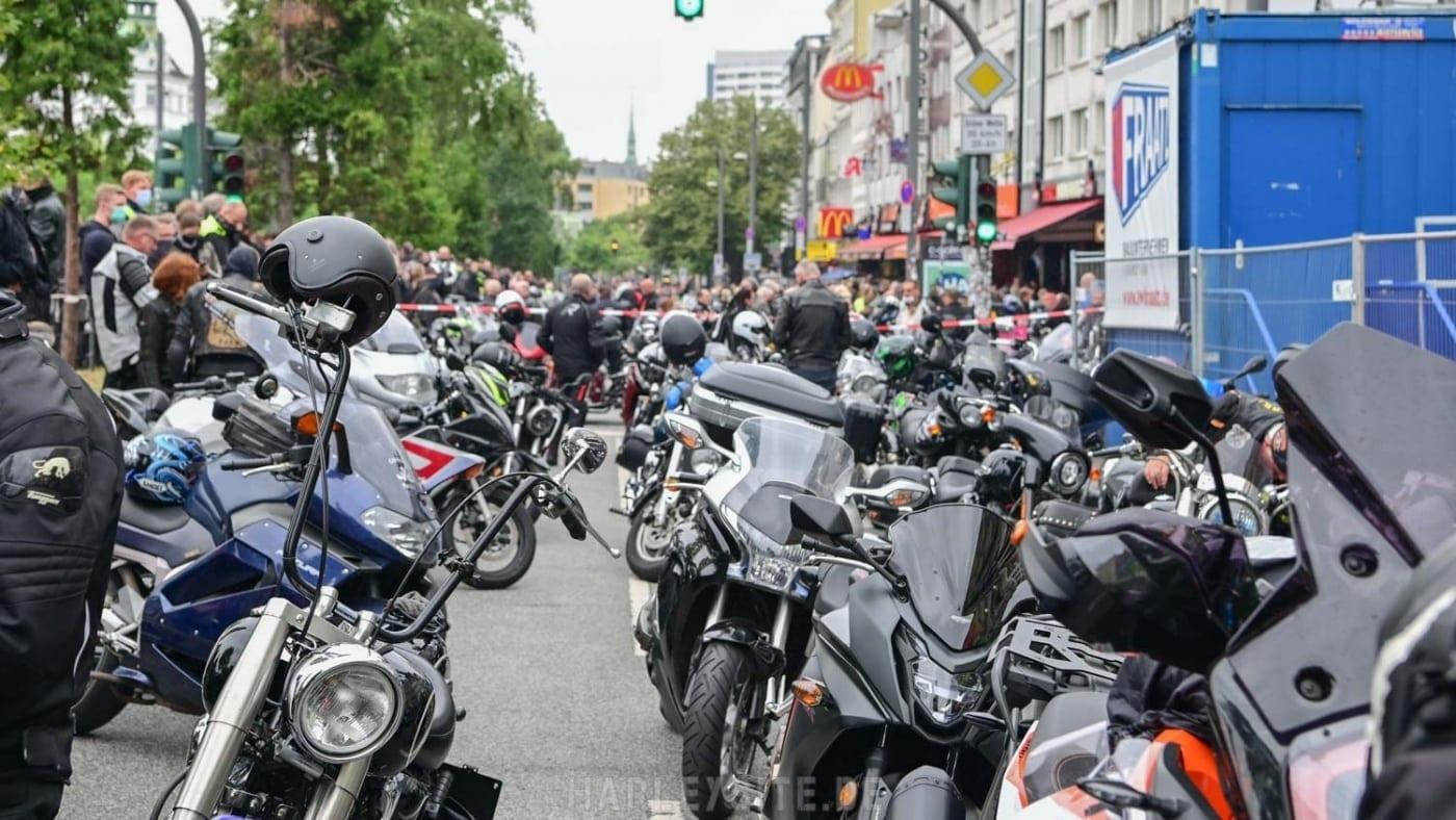 DEMO GEGEN MOTORRAD-FAHRVERBOTE HAMBURG 4