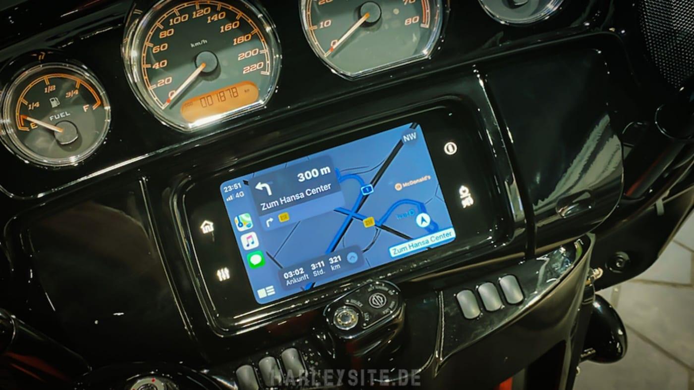 Apple Carplay - Harley-Davidson Street Glide Special Boom! Box GTS 2020