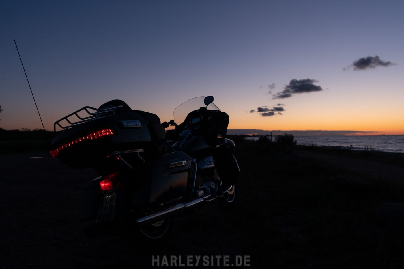 Sonnenuntergang an der Ostsee Road Glide Limited 2020