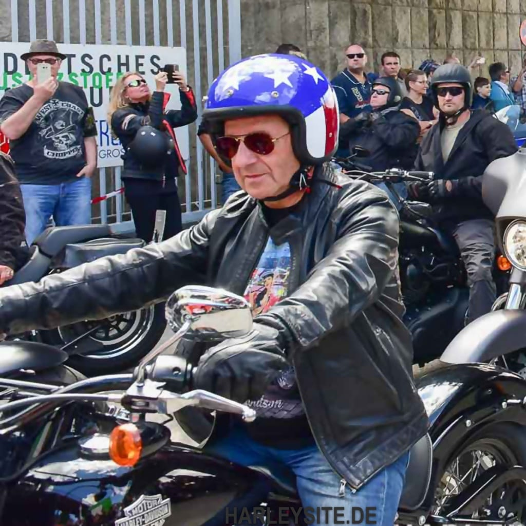 Jan Hofer auf der Harley-Davidson unterwegs- Hamburg Harley-Days 2016