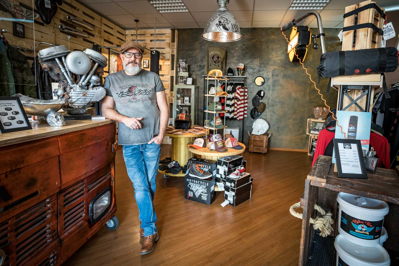 Motorcycle Fashion Lounge