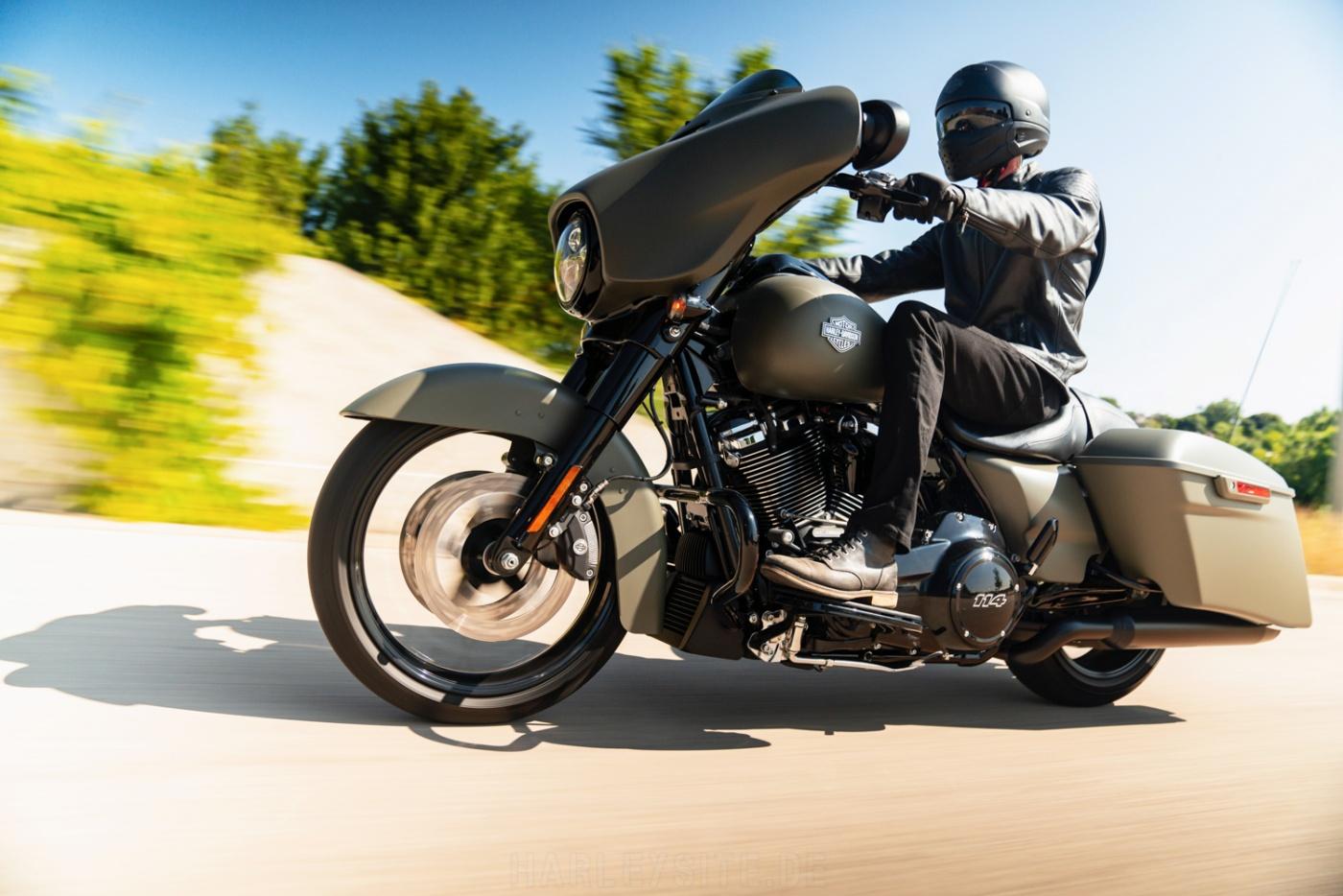 Tief montierte Sturzbügel - Harley-Davidson Street Glide Special 2021