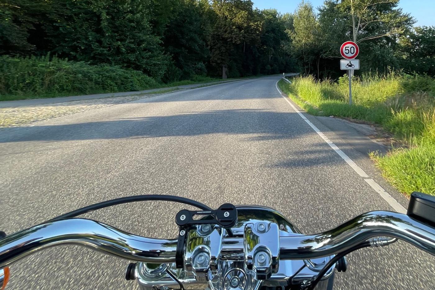 Geschwindigkeitsbegrenzung nur Motorräder
