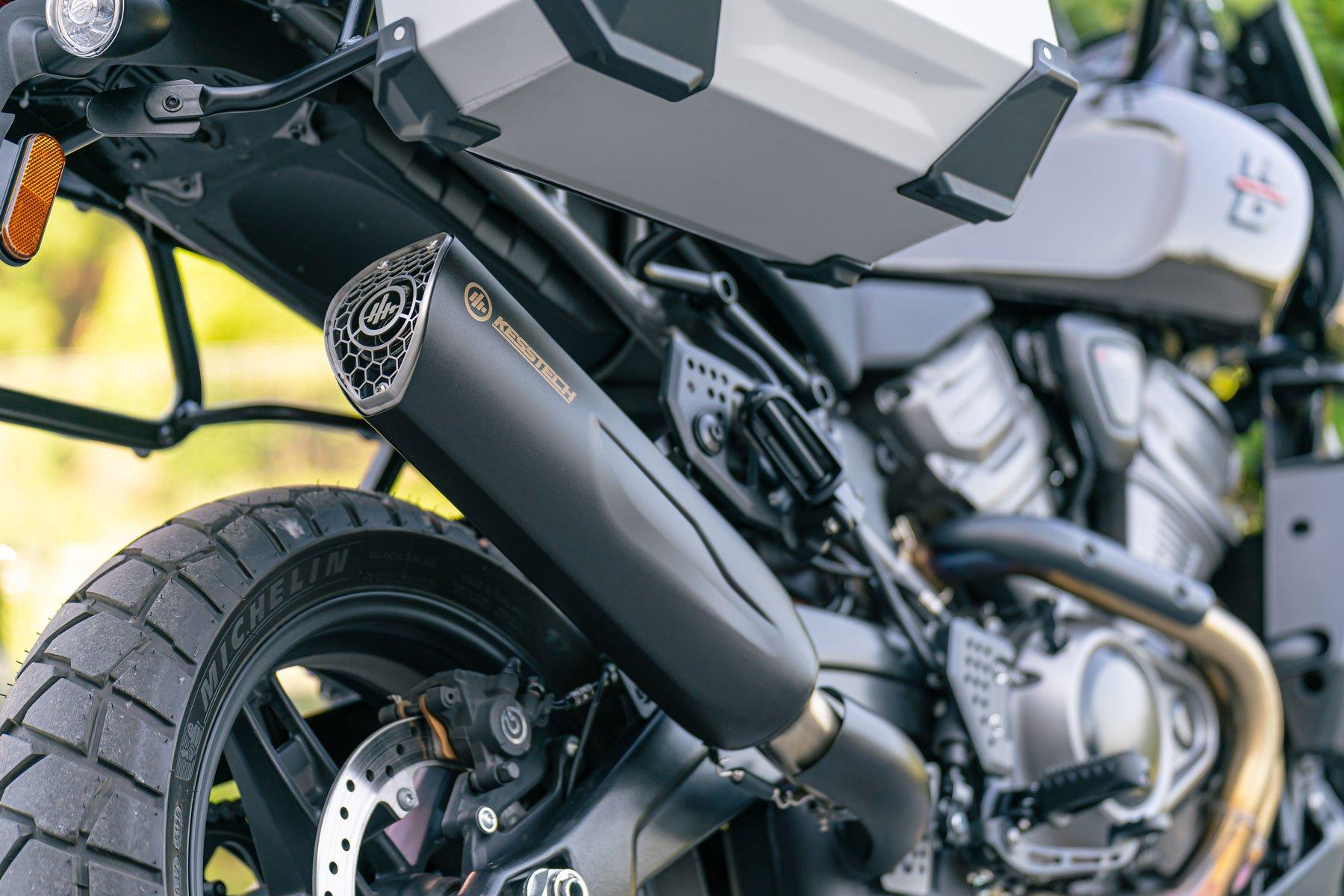 KessTech Auspuffanlage für die Pan America von Harley-Davidson